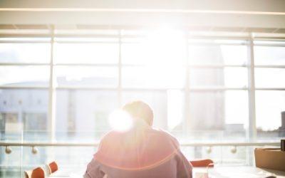 Co se děje s naším tělem když sedíme a jak proti tomu bojovat